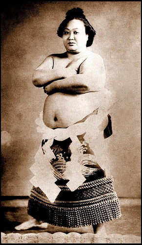 female sumo champ old photo