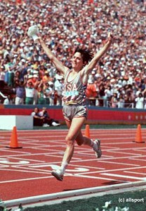 Joan Benoit Samuelson crosses the finish line of the 1984 Olympic Marathon